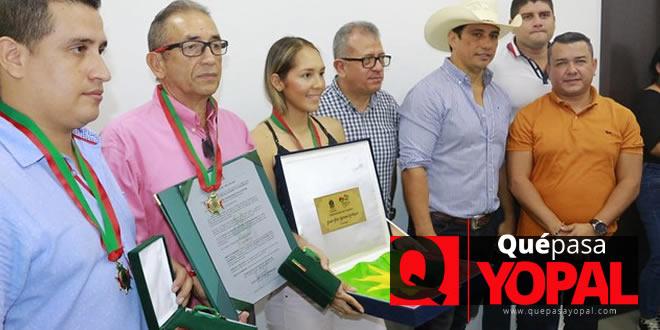 Photo of Gobernador condecoró a deportistas casanareños