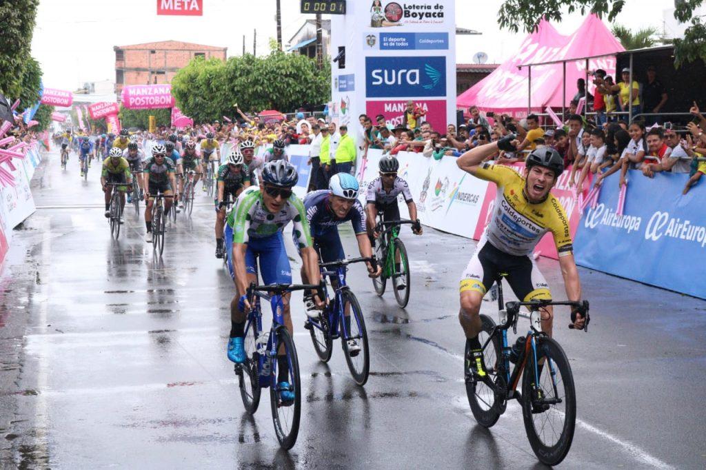 Photo of El Aguazuleño William David Muñoz ganó ganó la primera etapa de la Vuelta a Colombia