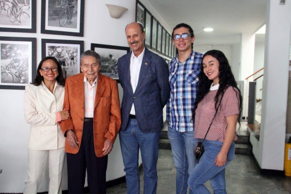 Photo of FedeCiclismo rendirá homenaje a 'El Indomable Zipa' en la Vuelta a Colombia Casanare Bicentenario