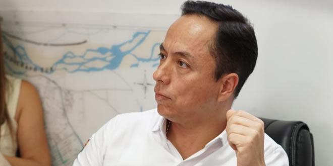 Photo of Leonardo Puentes propuso que alumbrado sea administrado por la EAAAY