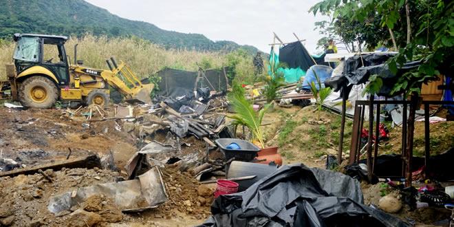 Photo of En Yopal limpiaron parque La Iguana invadido de cambuches