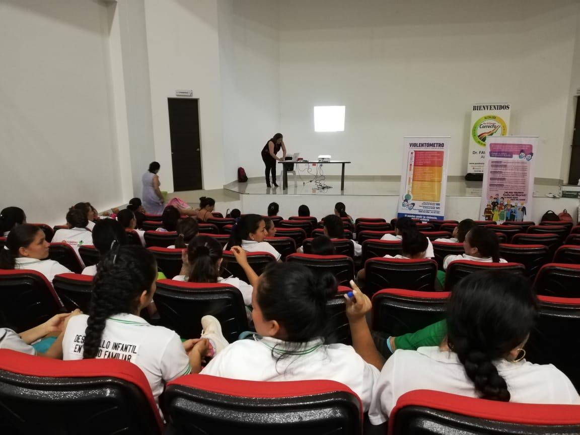 Photo of Mujeres de Paz de Ariporo conmemoraron el Día Internacional de la Prevención de Violencias de Género