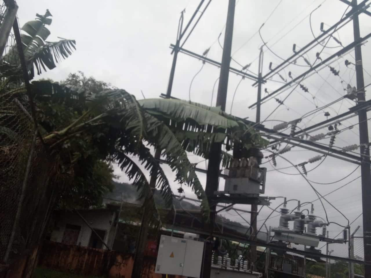 Photo of Lluvia dejó varios sectores sin energía eléctrica