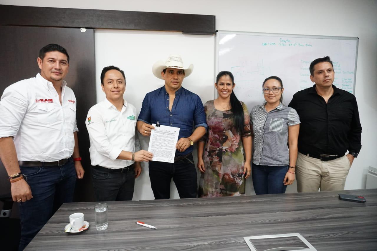 Photo of Alcalde de Yopal 'recomienda' proyectos estratégicos del municipio al nuevo Gobierno Departamental
