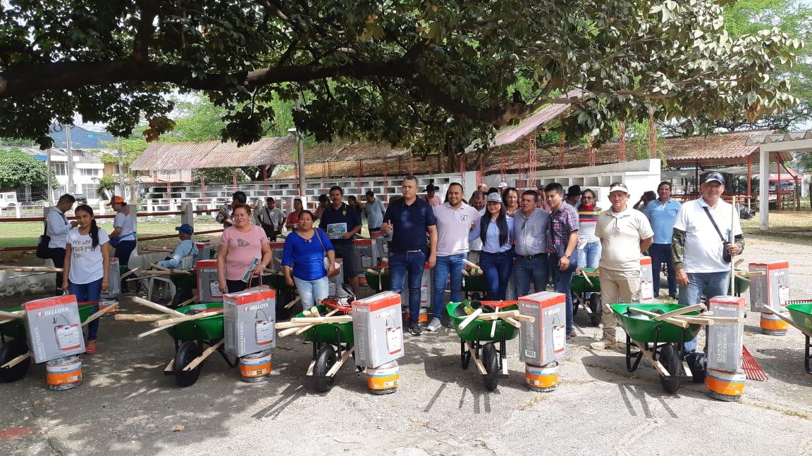 Photo of Productores agrícolas de Yopal recibieron herramientas para fortalecer sus labores en el campo