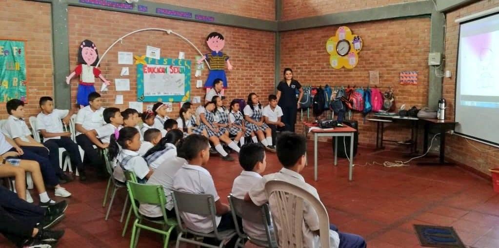 Photo of Prevención de violencia de género desde el noviazgo, se trabajó en colegios de Yopal