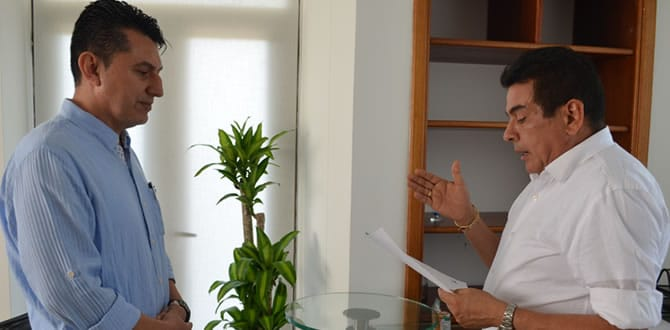 Photo of Luis Eduardo Castro posesionó a nuevo Registrador Especial de Yopal