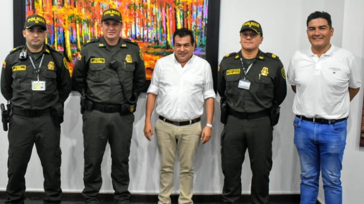 Photo of Estación de Policía de Yopal tiene nuevo Comandante y Subcomandante
