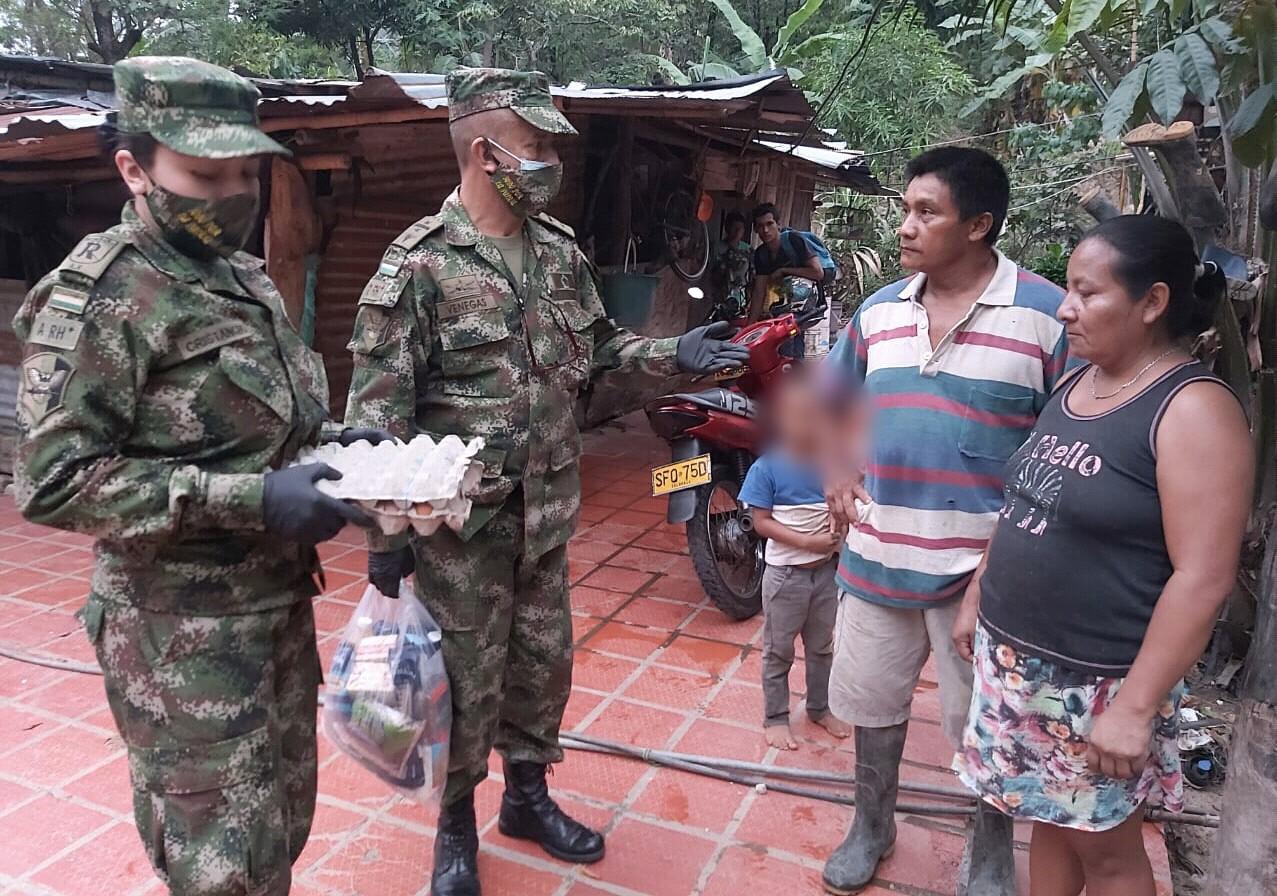 Photo of Ejército Nacional llegó con mercados a hogares casanareños