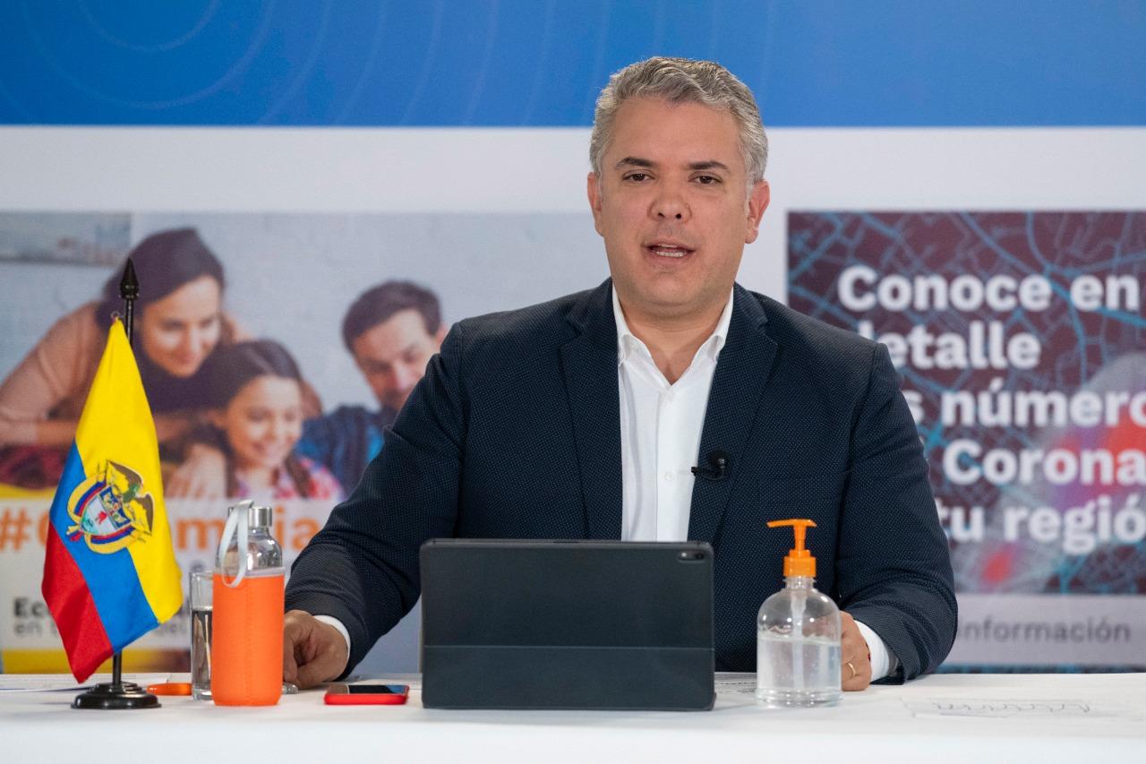 Photo of Colombia supera el 50% de recuperados por covid-19, resalta el Presidente Duque