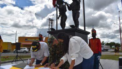 Photo of Alcaldía de Yopal recibió oficialmente el monumento 'Héroes de la libertad'