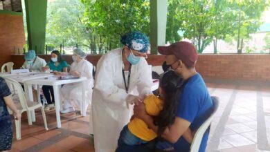 Photo of Jornada de Vacunación contra Sarampión y Rubéola se desarrolló con éxito en el colegio Técnico Ambiental