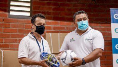 Photo of Ministerio del Deporte entregó incentivos a deportistas casanareños